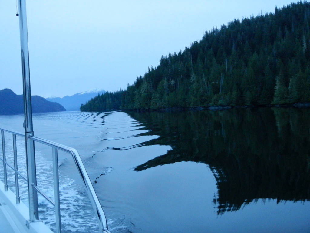Early morning start at Echo bay