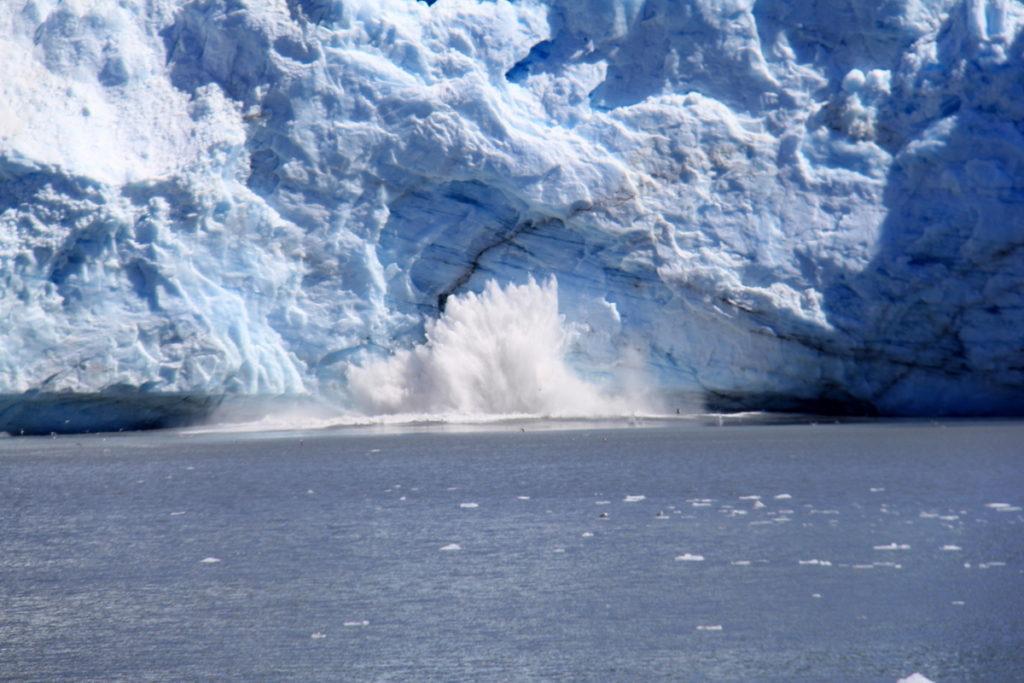 Calving of Mears Glacier