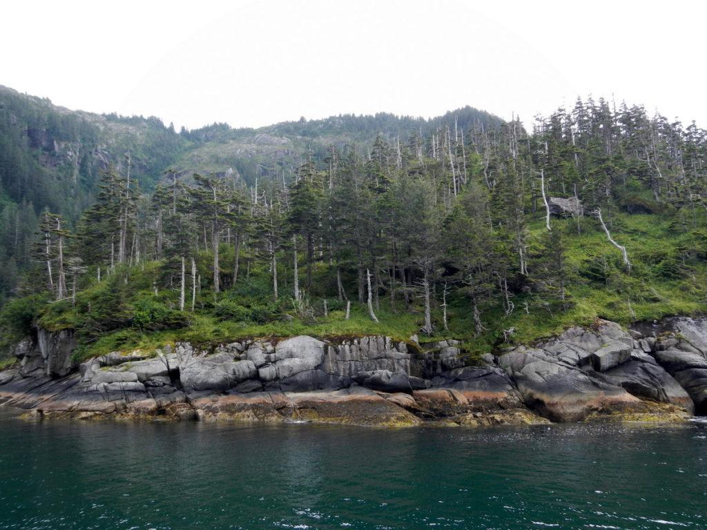 Beautiful rocks and hills around Taz Cove
