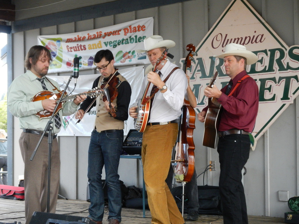 Local musicians with some Bluegrass entertainment at the Farmers Market